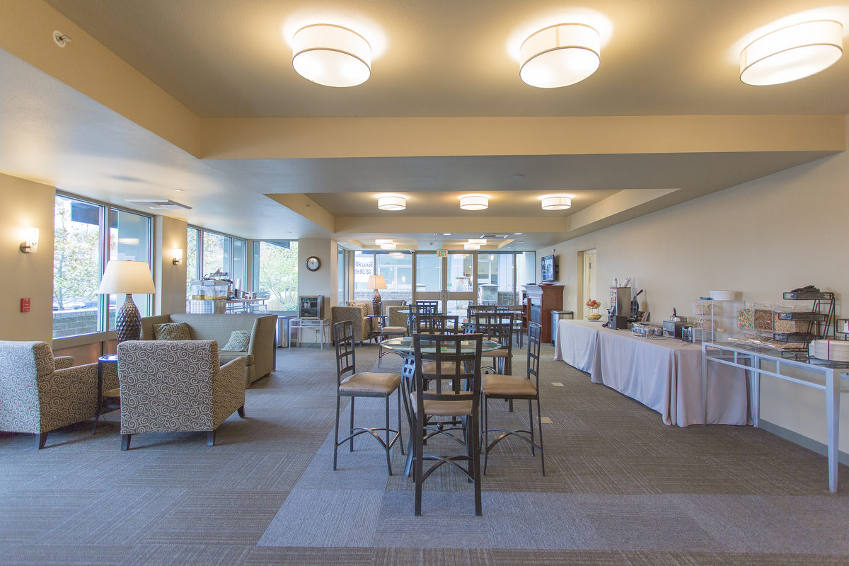 Best Western breakfast bar area with seating